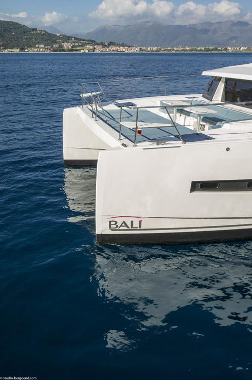 BALI-4-3-motor-yatch-ext-0175