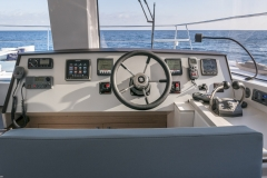 BALI-4-3-motor-yatch-int-chambres-salon-0226