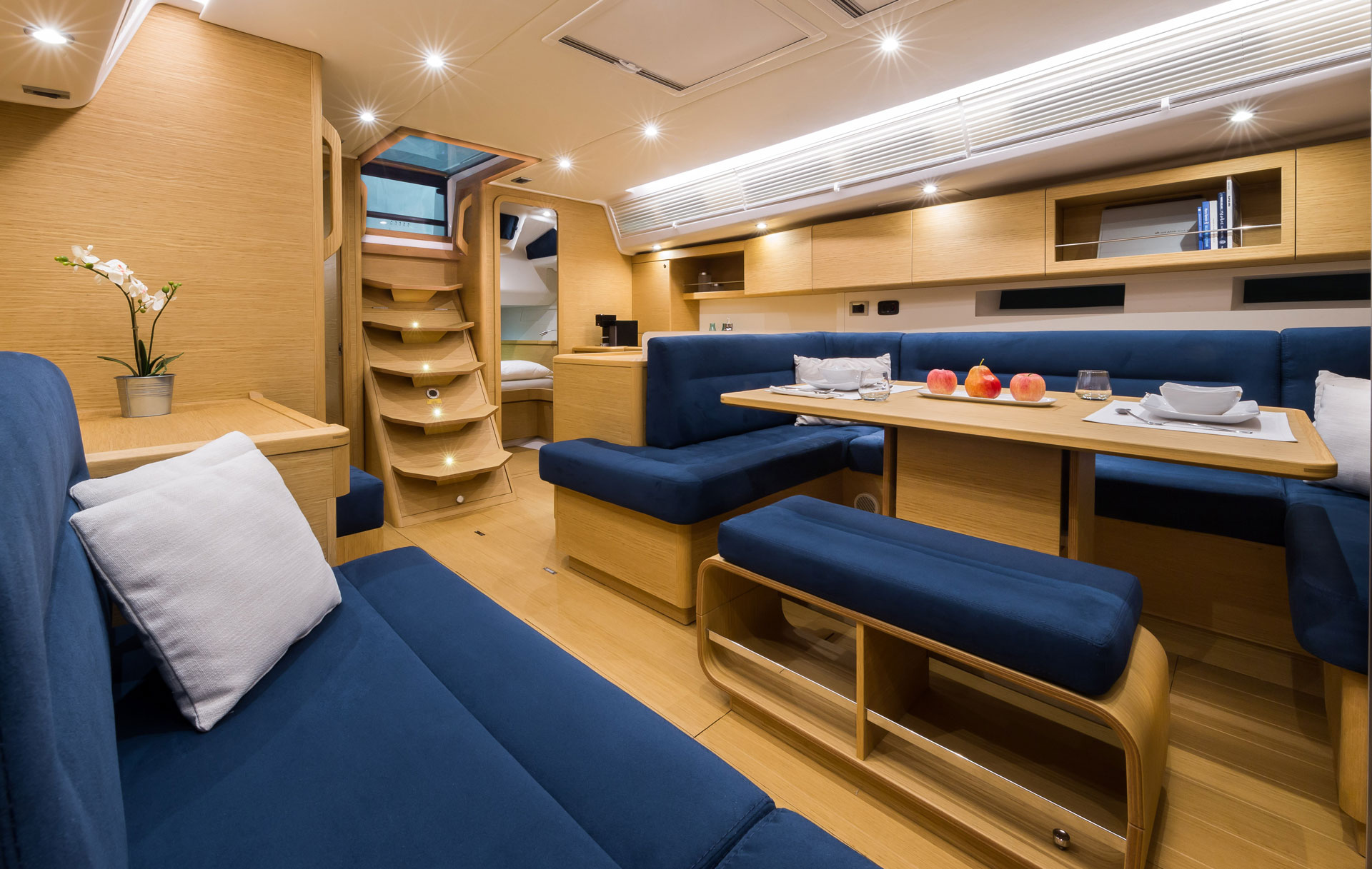 Grand_Soleil-Performance-47-California_Yacht_Imports-interior-3