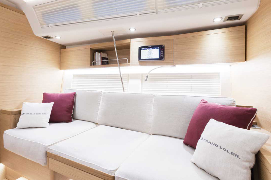 Grand_Soleil-Long_Cruise_46-California_Yacht_Imports-interior-6