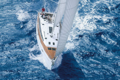 bavaria-sy-cruiserline-c51-exterieur-c51_ext_sailing_birdview