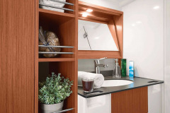 csm_bavaria-sy-cruiserline-c51-interieur-c51_int_bath_caa1030657