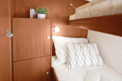 csm_bavaria-sy-cruiserline-c51-interieur-c51_int_cabin_23d558e96a