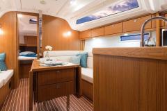 csm_bavaria-sy-cruiserline-c37-interieur-c37_int_salon_4_982d7d0b9b
